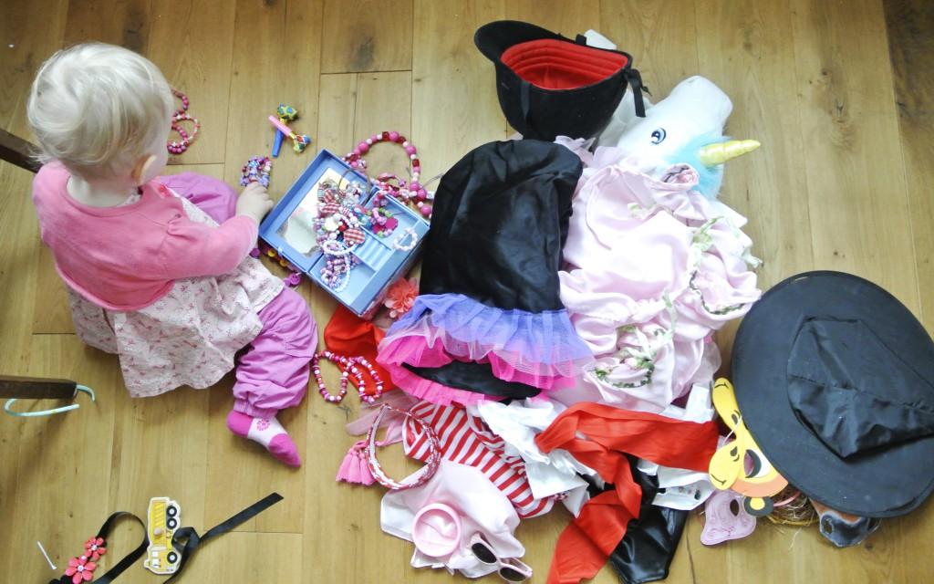 Verkleidungskiste einrichten  Rosanisiert - Ordnung für Unordentliche