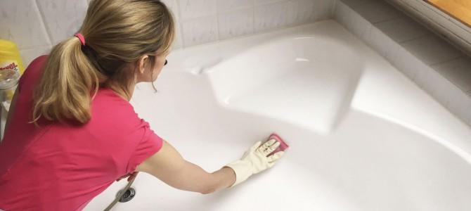 Badewanne putzen – die besten Tricks