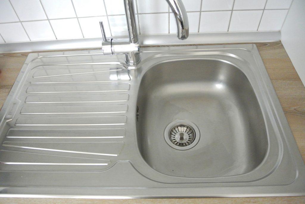 putzen oder putzen lassen die besten argumente f r eine reinigungskraft werbung rosanisiert. Black Bedroom Furniture Sets. Home Design Ideas