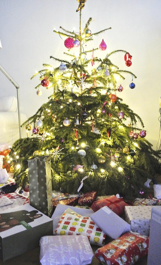 warum wir unseren kindern nichts zu weihnachten schenken. Black Bedroom Furniture Sets. Home Design Ideas