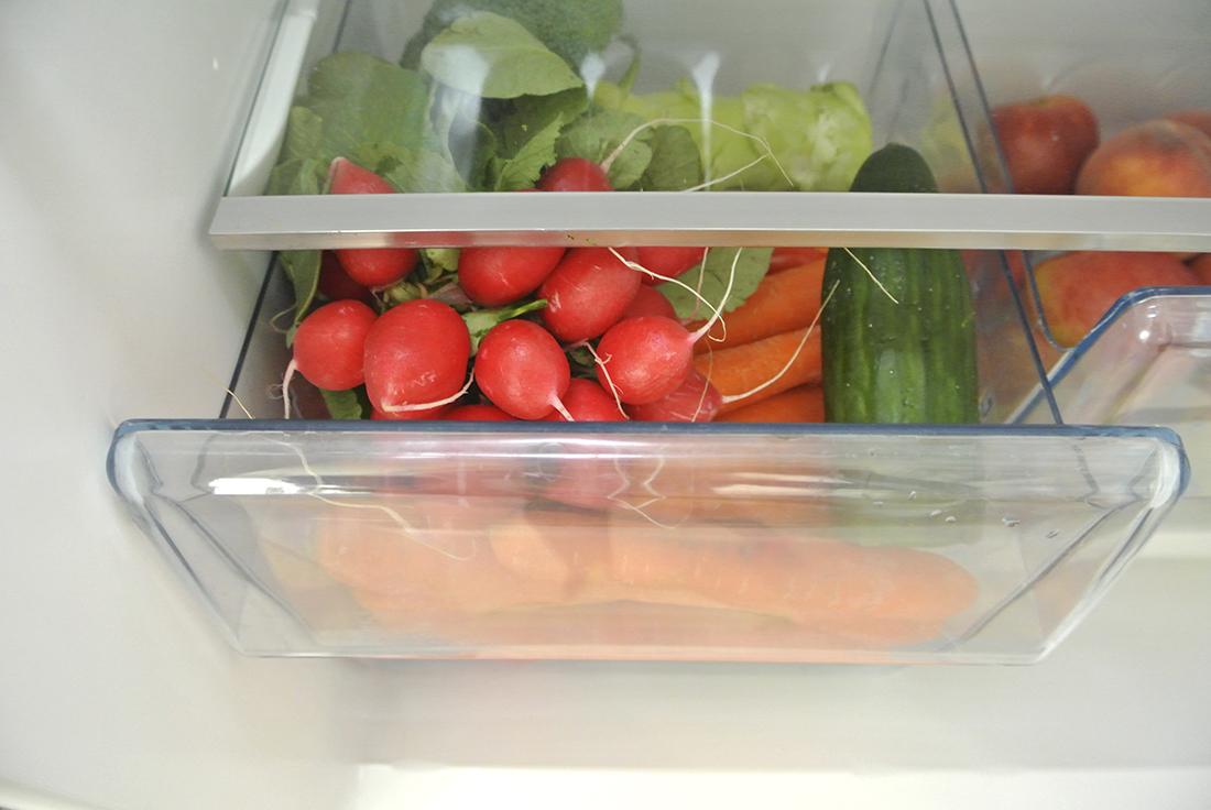 n Kühlschrank richtig einräumen - mit diesen Tipps erfahrt ihr, wie ihr die verschiedenen Klimazonen eures Kühlschranks richtig ausnutzt und Lebensmittel länger haltbar macht und energiesparend könnt.