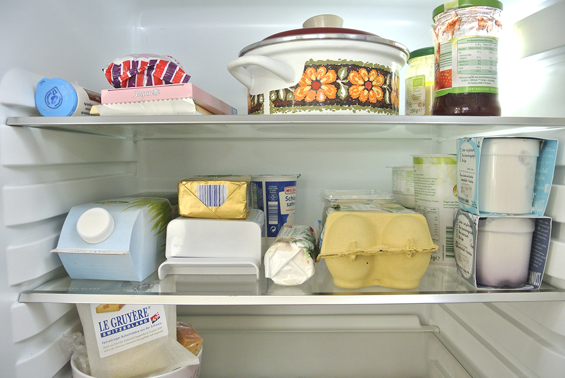 Ordnung in der Küche - den Kühlschrank richtig einräumen ...