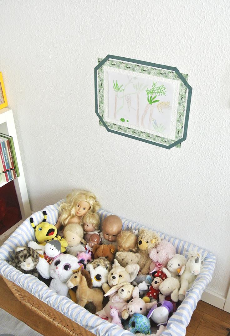 Werbung: Ordnung im Kinderzimmer - so kannst du Spielzeug einfach verstauen, mit vielen Ideen für die Aufbewahrung von Lego, Kuscheltieren und Autos (enthält Werbung für Tchibo)