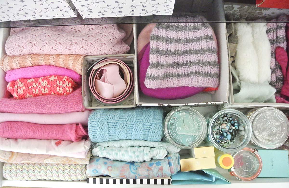 Kleiderschrank Aufräumen Mit Der Konmari Magic Cleaning Methode Von