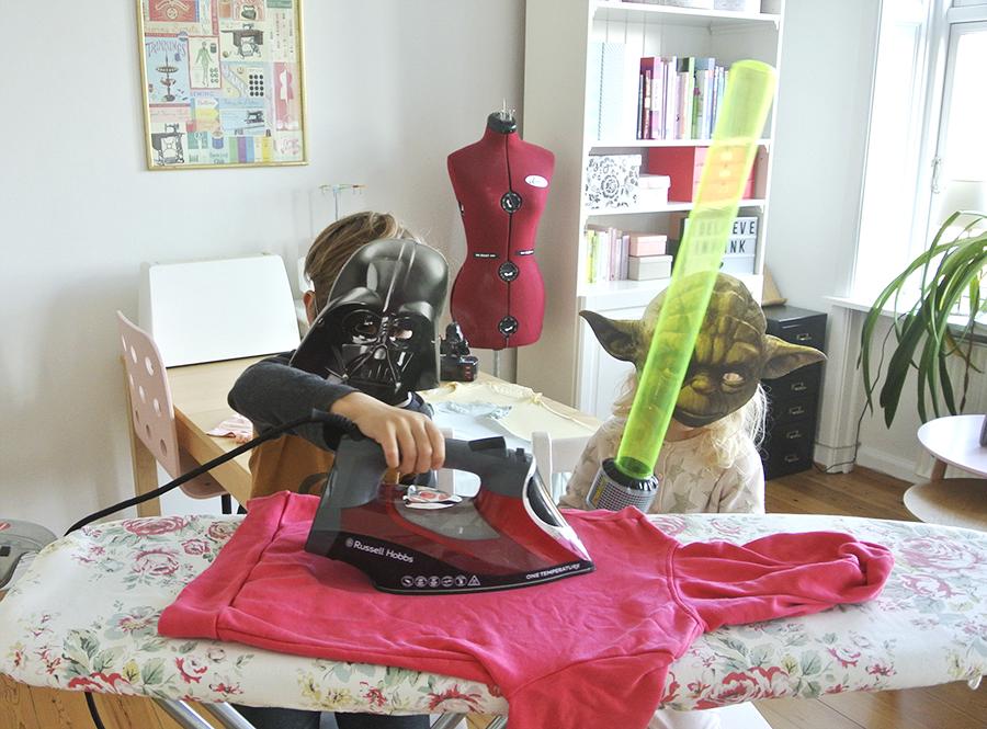 Bügeln leicht gemacht - in diesem Beitrag verrate ich dir meine besten Tipps, wie du richtig bügelst und die Wäsche ganz schnell richtig glatt wird.
